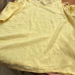 Oh my gauze yellow gauze top sz 1/medium